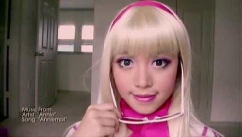 Макияж в стиле Барби.