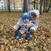 На ковре из желтых листьев!!!